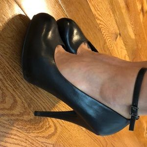 ALDO Black Stiletto Pumps